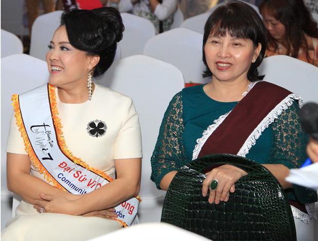 Đại sứ Vì cộng đồng Nguyễn Kim Thúy & Golfer Thanh Thủy
